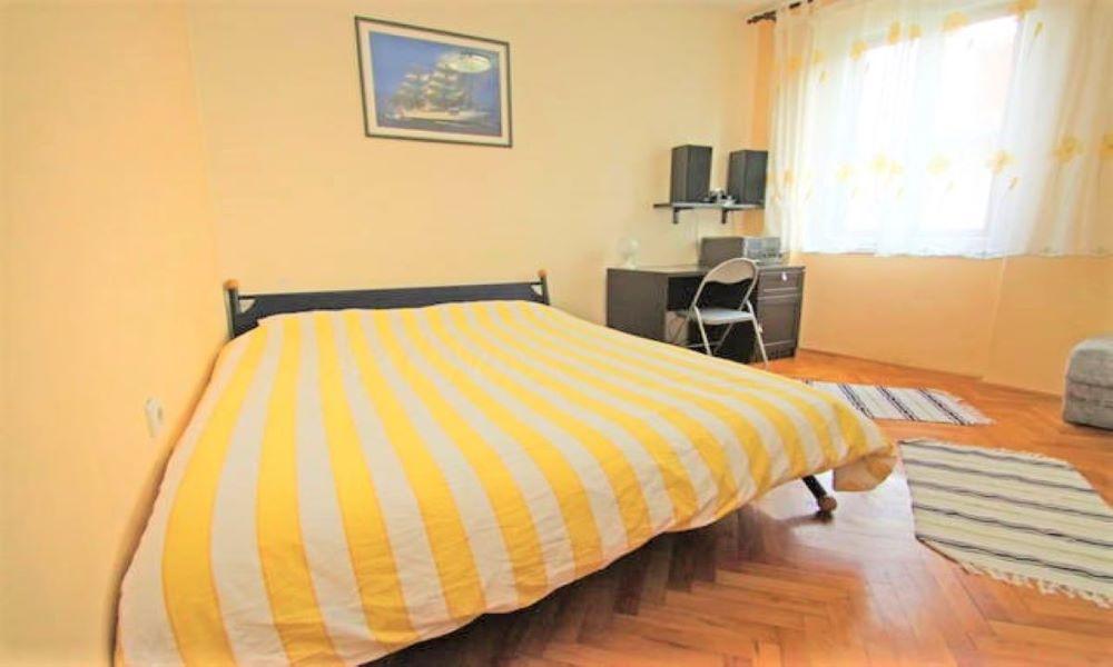a1-bedroom